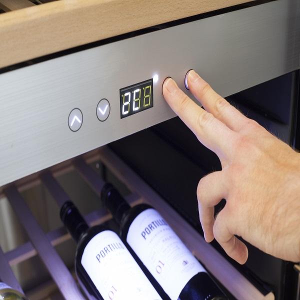 מקרר יין 137 בקבוקים CASO WineSafe 137 5